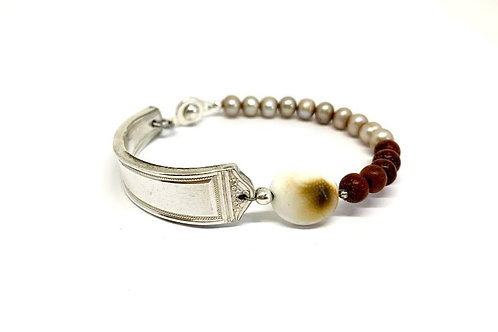 Signature Bracelet with Shiva shell and freshwater pearls