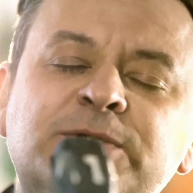 Manic Street Preachers - Together Stronger (C'mon Wales)