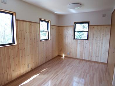 9.5畳の洋間は2部屋に仕切れます