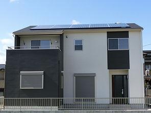 太陽光発電とオール電化の家
