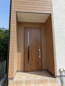パイン(赤松調)の玄関ドア