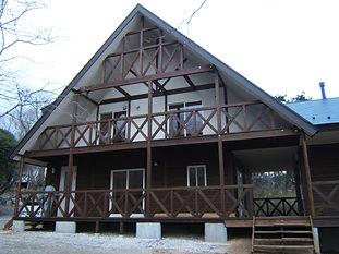 二世帯住宅 ログハウス風の家