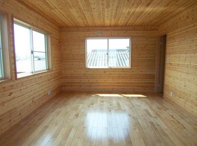 3階の洋室は光や風がよく通る