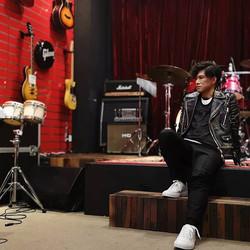 Alan Po 布志綸 _Cosmopolitan HK 訪問 & live p