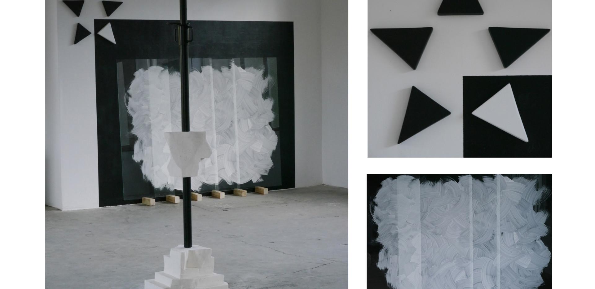 """""""Sans titre, nuage*2"""" plaques de verre, peinture noire, blanc de Meudon médium laqué"""