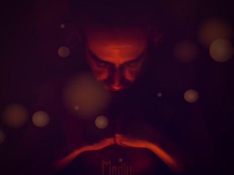 Madly: o álbum que costura diferentes épocas e influências