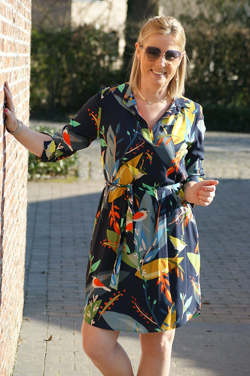 54997 Korte jurk met kleurrijke print Punto