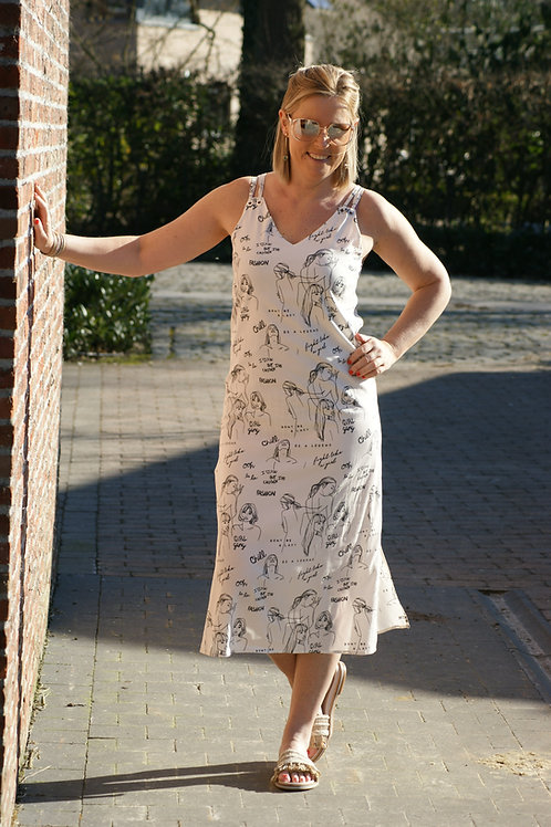 54863 Lange witte open jurk met vrouwenprint Avalanche