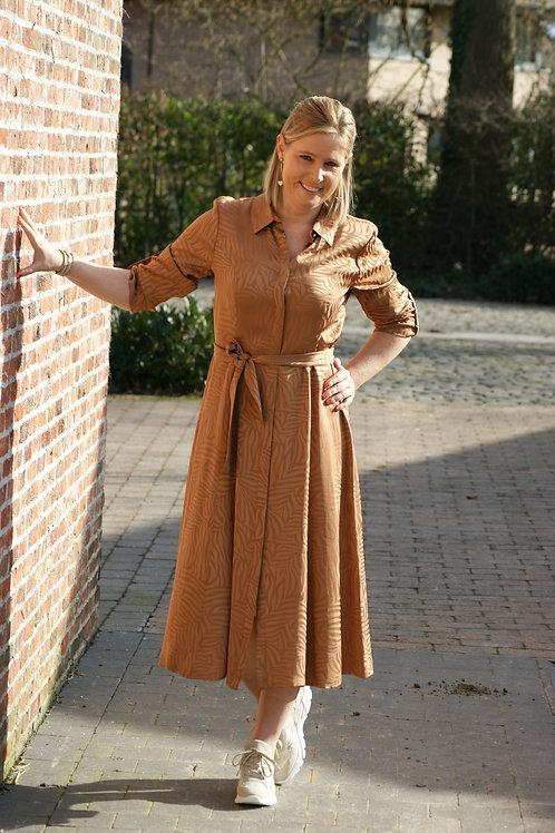 54175 Lange bruine jurk met subtiele zebraprint Xandres