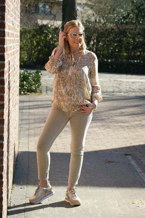 54135 Beige jeans met sjaaltje model Paris van Cambio
