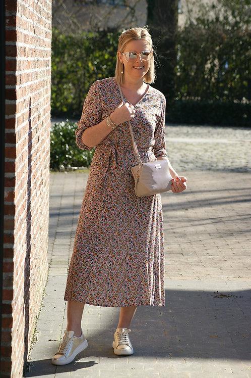 53869 Lange romantische jurk met fijn roze bloemetje Four Roses