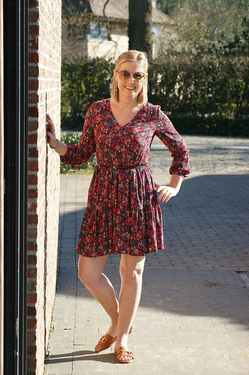 54049 Kort romantisch kleedje met fijn rood bloemetje LIU JO