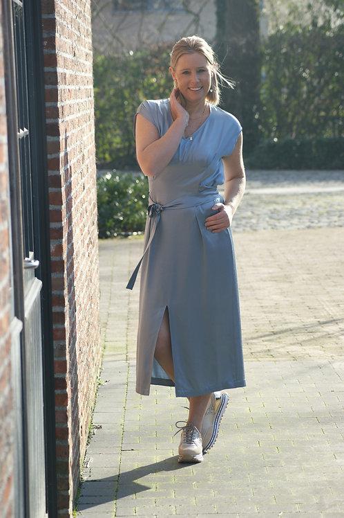 54315 Blauw satijn-look jurk Her.