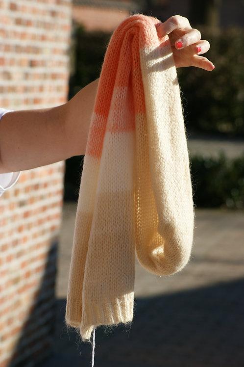 54339 Sjaal met beige oranje/print Her.