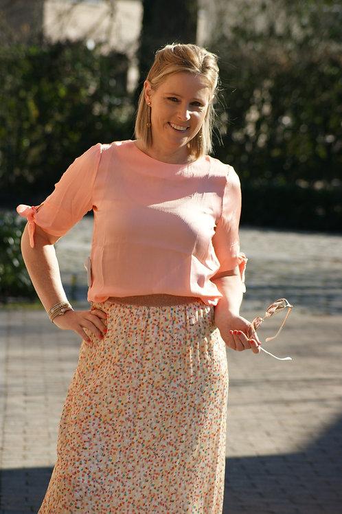 53668 Roze blouse met knoopjes aan mouw Thelma & Louise