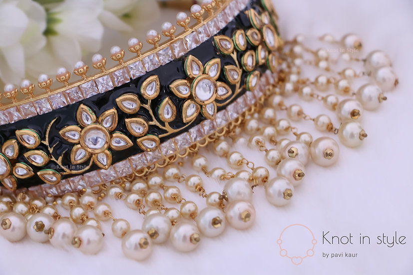 """QUITO"" Kundan choker set with jhumkis"