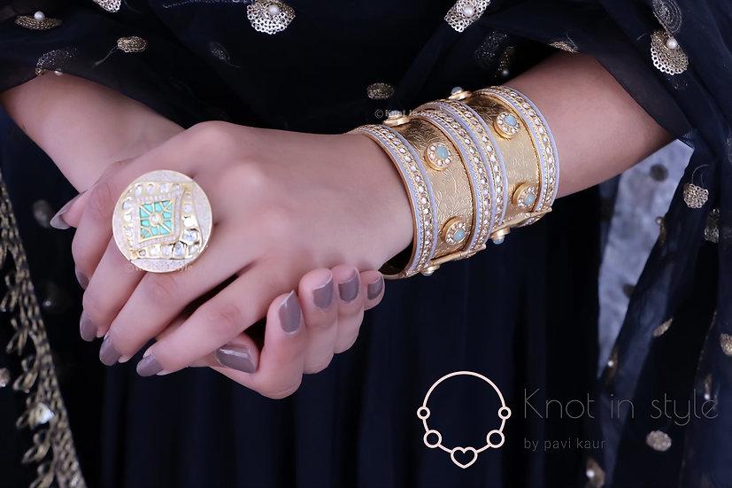 Royal golden bracelet (single piece)