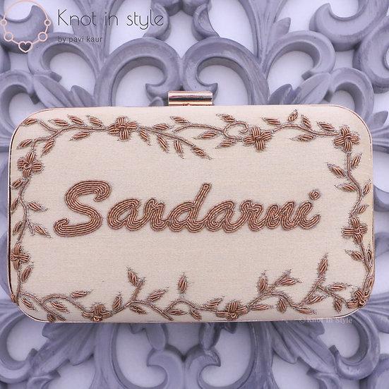 'Sardarni' clutch