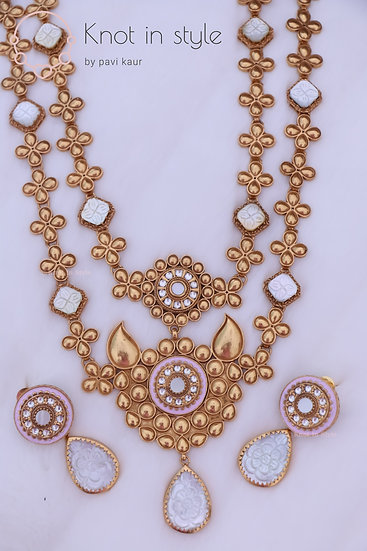 """""""RORAIMA"""" Hand-painted long haar set with earrings"""