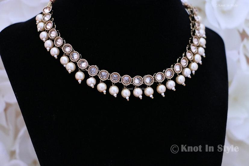 Polki single line choker with pearls