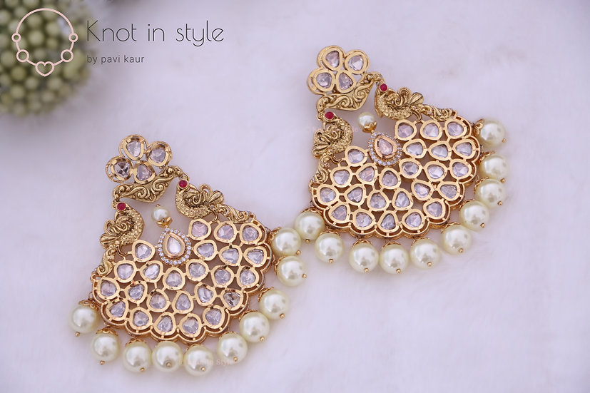 """PIHA"" Kundan oversized earrings (no tikka)"