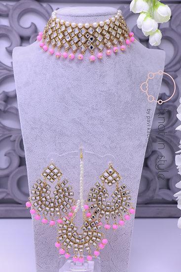 Kundan choker set with earrings