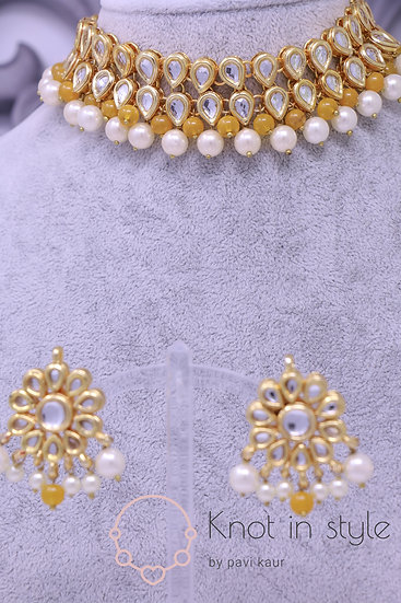 Kundan choker set with studs (no tikka)