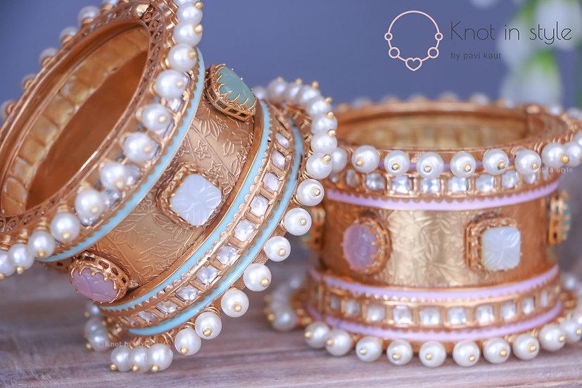 Royal golden wide bracelets (single piece)