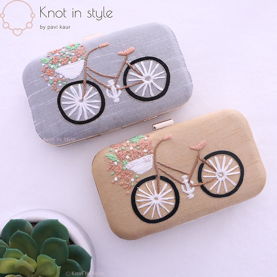 'Bicycle' clutch