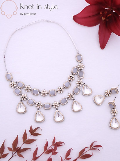 """""""MALAWI"""" Necklace piece with earrings"""