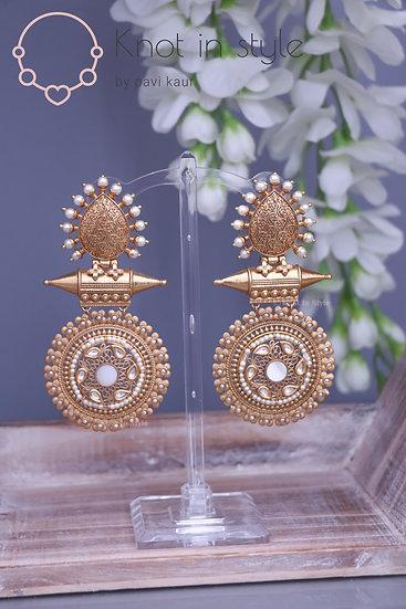 Traditional kundan earrings (oversized)
