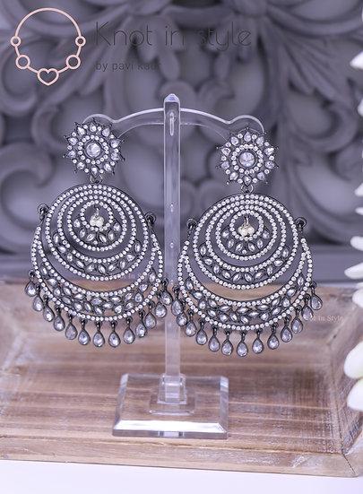 Silver earrings (Ovesized)