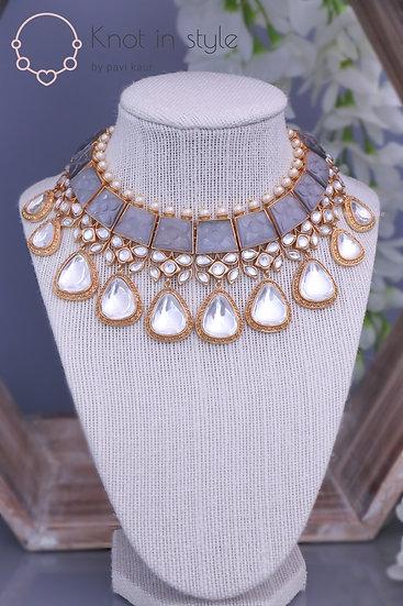 """""""DARWIN"""" Kundan necklace set with earrings"""