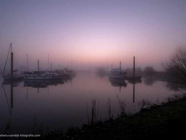 Haven mist en zonsopkomst