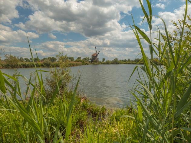 Molen de Steendert Ophemert met mooie wolkenlucht
