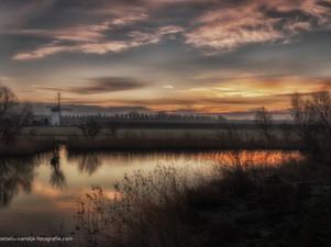 Prachtige zonsopkomst bij De Marsch(molen)