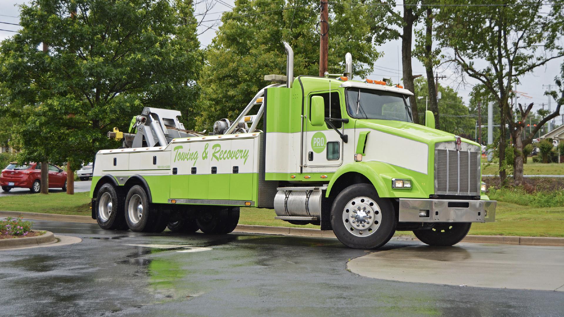 Semi-Truck-Wrecker.jpg