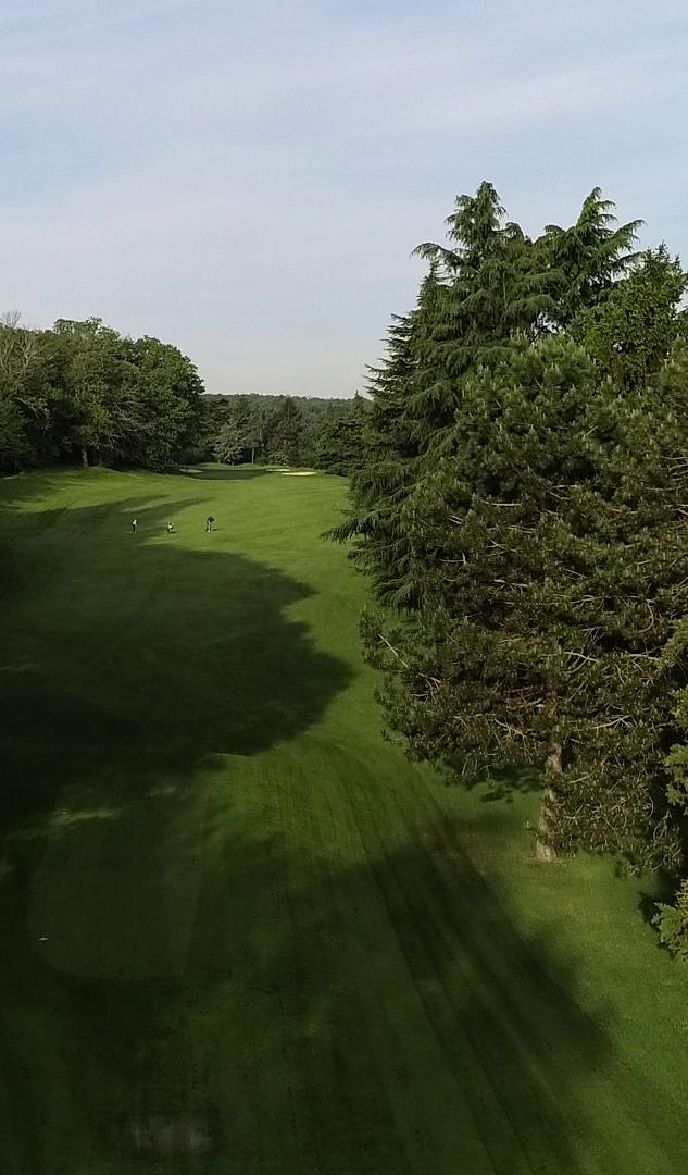 Golf-de-Fourqueux-1.png