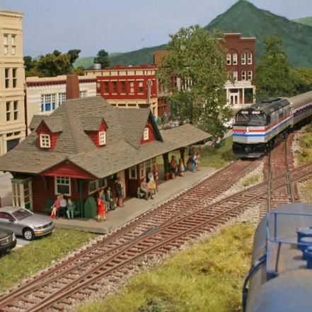 An Amtrak train approaches the Bear Creek station.
