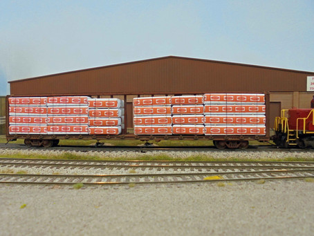 Centerbeam flat car loads and detailing