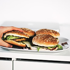 3. Hot Jerk Sandwich Trays
