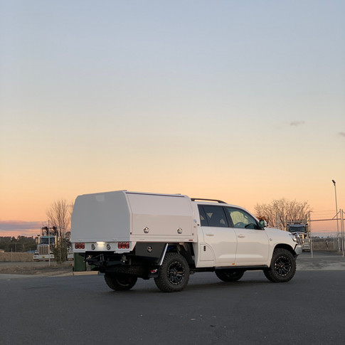 V4 LC 200 Series