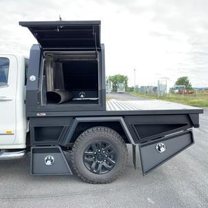 Styled Flat Bottom Box