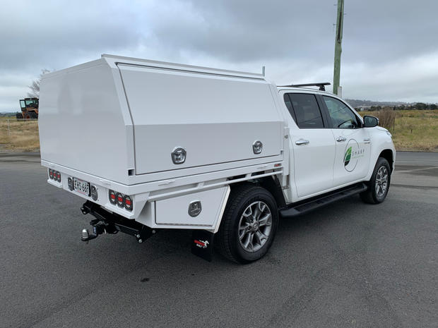 Hilux Canopy 5
