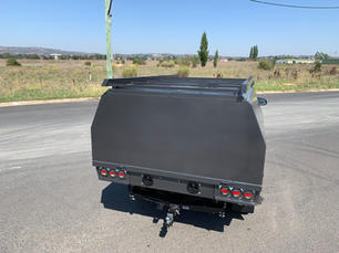 Hilux Canopy 7