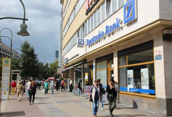 Deutsche Bank plans further consolidation, to close branches in Europe