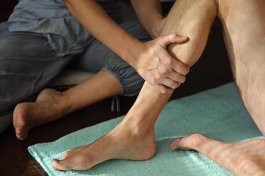 A terapia física na perna