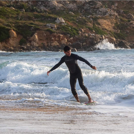 Skimboard lesson in Malta