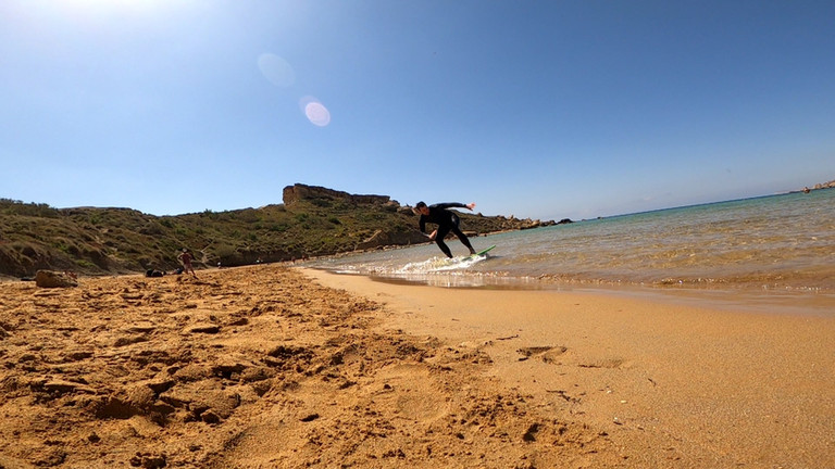 Skimboarding lessons in Malta