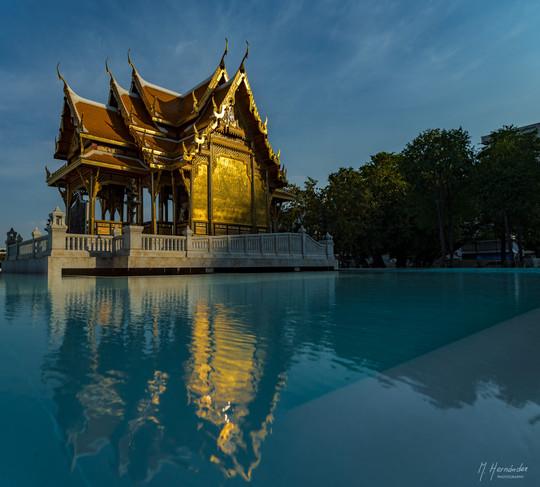 Temple at Siriraj Hospital, Bangkok 2016